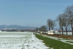 Ausweiche am km 11 mit Blick zum Inselsberg.