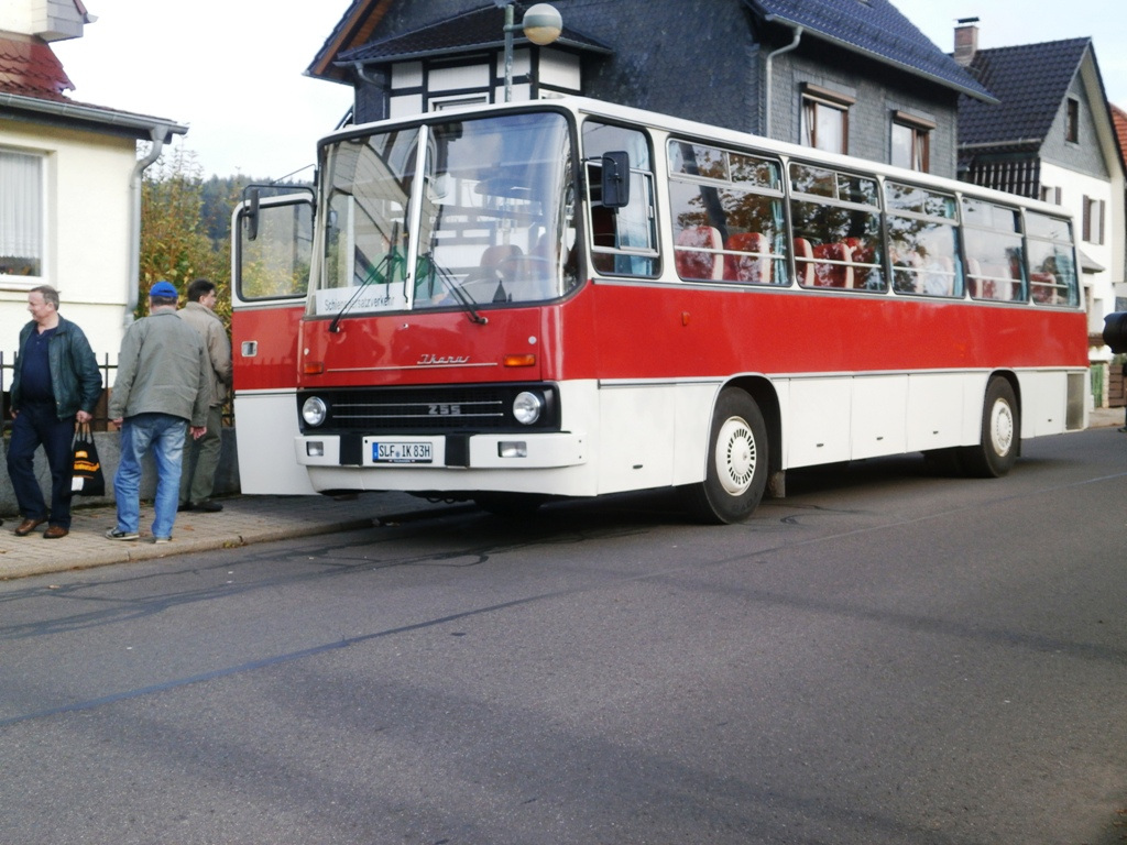 Ikarus 255, Tabarz, 12.10.2014 (C) Schneider