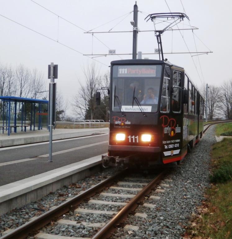 Tw 11, Waltershausen-Gleisdreieck, 29.11.2014, (c)  Sschneider