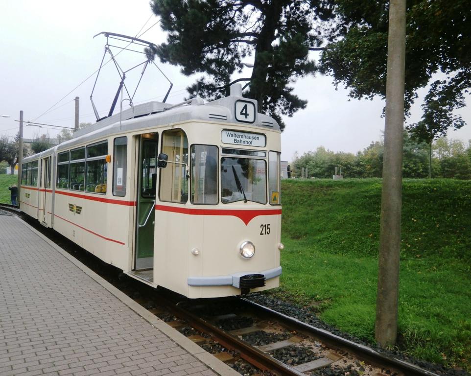 Tw 215, Waltershausen Bf.,12.10.2014, (c) Schneider