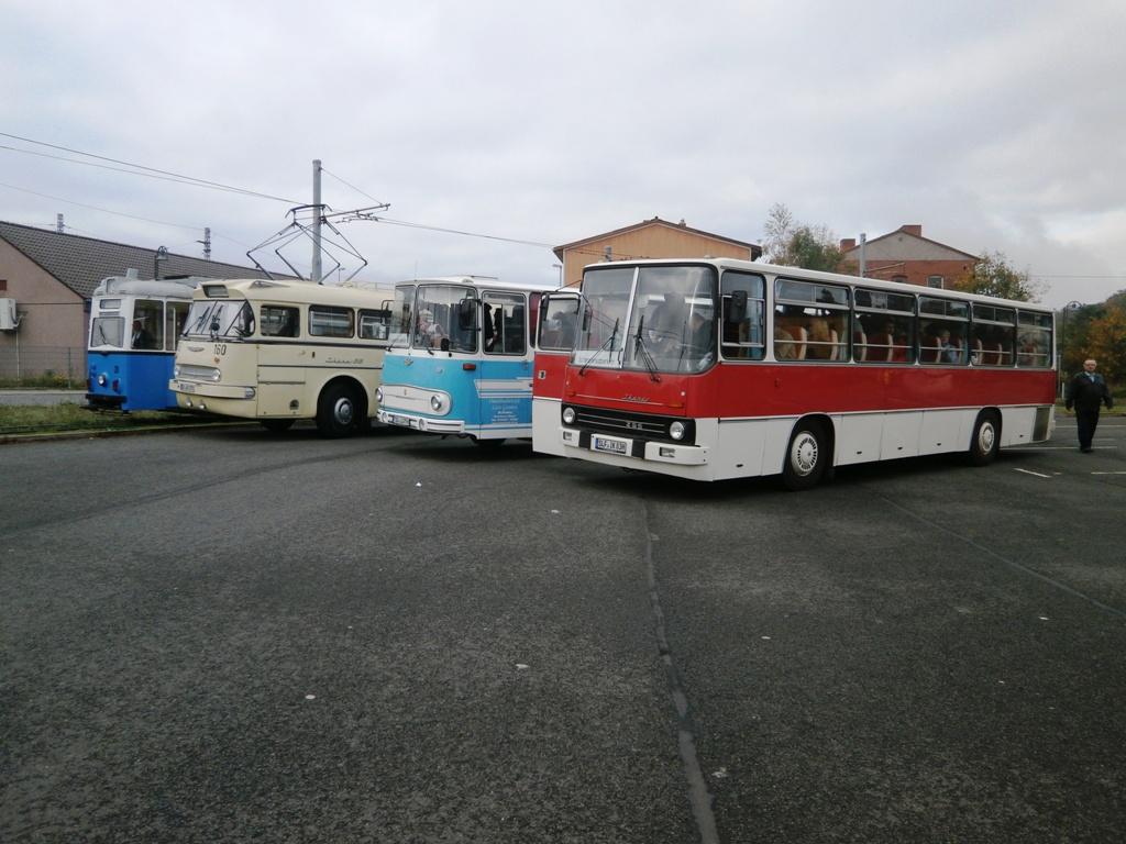 Tw 39, DVB Ikarus 66, Ikarus 255, Fleischerbus, TWSB Behof., 12.10.2014, (c) Schneider