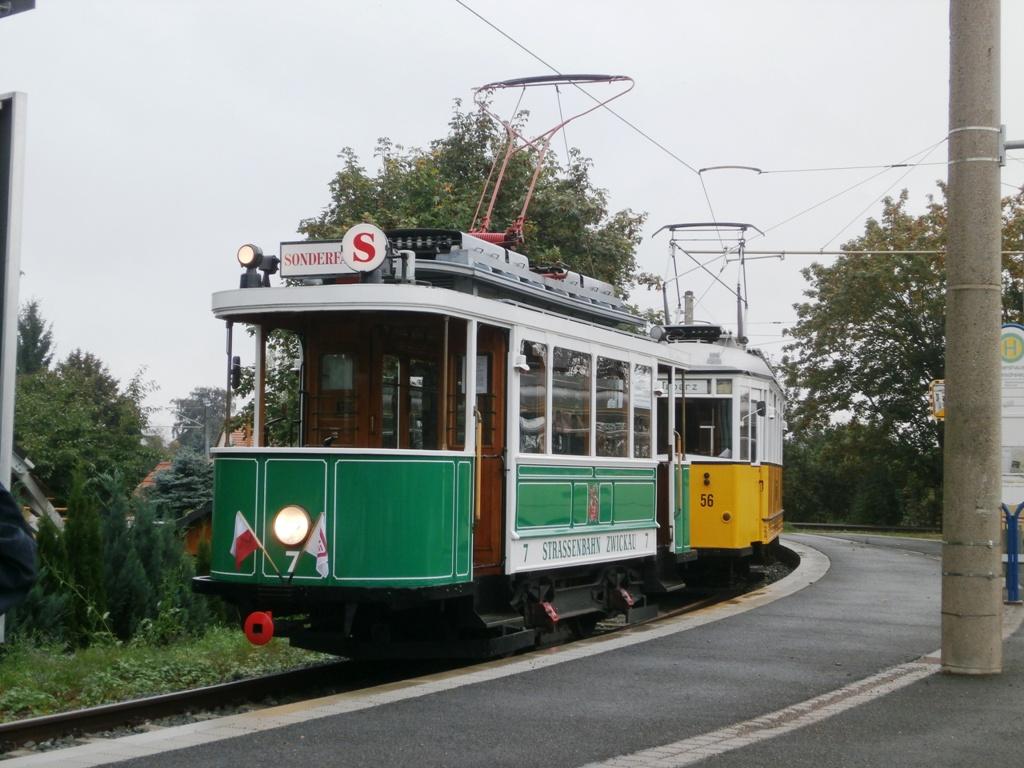 Tw 7 (SVZ), Waltershausen-Gleisdreieck, 21.09.2014, (c) Schneider