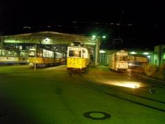 Betriebshof bei Nacht: Tw 306, hist. Zug 56-82-101, HTw 39, ATw 47, 30.09.2011 (C) Schneider