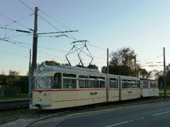zug_215-93_einfahrt-behof_01-10-2011_quass_01