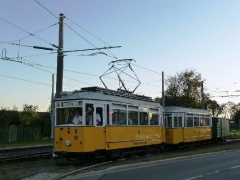 zug_56-82-101_einfahrt-behof_01-10-2011_quass_01
