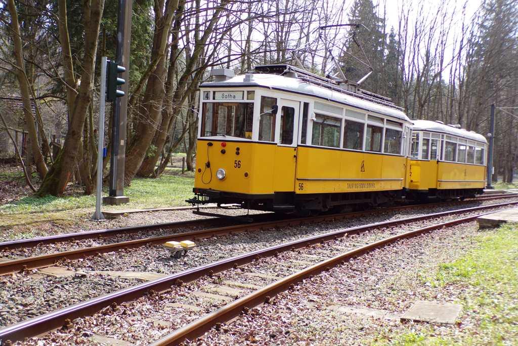 Bahnhof Reinhardsbrunn | Tw 56, Bw 82 | (c) A. Schneider