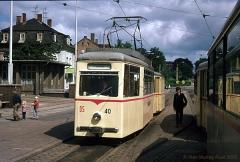 Triebwagen 40 mit Beiwagen 91 auf Linie 1 am Hauptbahnhof. (7. Juli 1974)