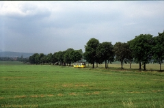 Triebwagen 216 zwischen Leina und Wahlwinkel. (4. Juli 1991)