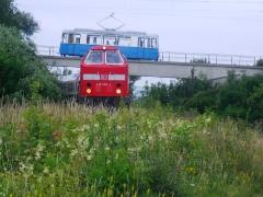 HTw 39 auf der Brücke am Waltershäuser-Gleisdreick (mit 219 084), 25.06.2011