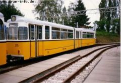 Triebwagen 215 unmittelbar hinter TW 214. (7. August 1997)