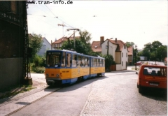 Triebwagen 302 am Nelkenberg. (7. August 1997)