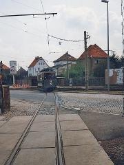Historischer TW 29 überquert die Walthershäuser Straße. (2.5.1994)