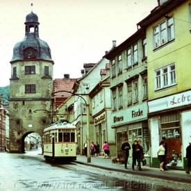 Tw 50, Gotha 1929, Linie: 4, Richtung: WALTERSHAUSEN, im Zentrum von Waltershausen (vor Stadttor), (14.8.1968, Ron Copson Photo)