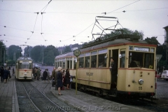 Tw 55, Gotha 1929, Linie: 4, Richtung: WALTERSHAUSEN, Hst Hauptbahnhof, links Tw 203 auf SL1. (10.1967, Earl W. Clark, Jr. Photo)