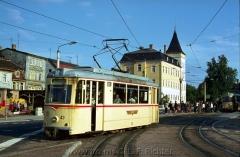 Tw 43, ET57 Gotha 1956, Linie: 2, Richtung: OSTBAHNHOF am Arnoldiplatz. (14.8.1968, Ron Copson Photo)