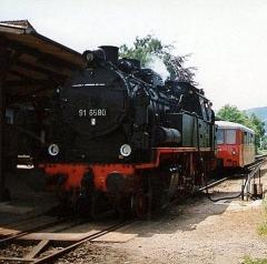dr_91-6580-beim-wasserfassen-in-friedrichroda-1992_c-stefan-marx_2