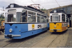 Triebwagen 35 und 43 auf dem Betriebshof. (zwischen 1991 und 1994)