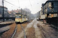 Triebwagen 208 ebenfalls in der Waltershäuser Straße. (Dezember 1991)