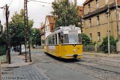Triebwagen 210 in der Reuterstraße. (zwischen 1991 und 1994)