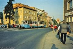 Triebwagen 301 als SL3 am Berta-von-Suttner-Platz. (Oktober 1991)