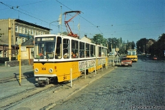 Triebwagen 306 ebenfalls am Hauptbahnhof. (Oktober 1991)