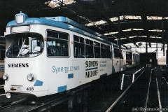 Triebwagen 408 in der Wagenhalle noch vor der Umlackierung (Frühjahr 1991)