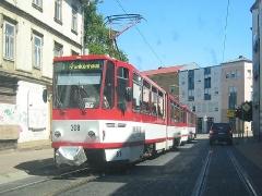 Triebwagen 308 als Traktion in der Waltershäuser Straße. (20. Juni 2005)
