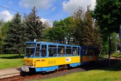 ... Aufgrund des stetig steigenden Autoverkehrs, aber auch aufgrund der maroden Gleisanlagen musste die Bahn bis in das Zentrum von Waltershausen leider aufgegeben werden.