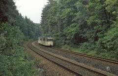 Ab Schnepfental darf die Waldbahn dann Waldbahn sein. Im Abschnitt bis Reinhardsbrunn liegen Reichs- und Waldbahngleis mehr oder weniger
