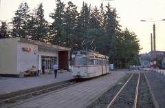 Endstation Tabarz am 12.07.1987. Geradeaus ging es früher noch ein kurzes Stück weiter zur Kuppelendstelle. In den 80er Jahren wurde das Gleis