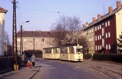 Tw 35 mit Bw zwischen Leinefelder Straße und Reuterstraße. 17.03.1990