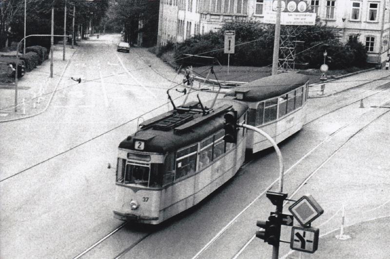 Tw 37 | 1978 | (c) Kalbe