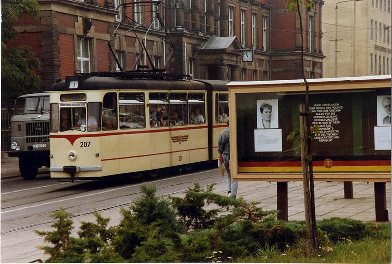 Tw 207 | 1989 | (c) Felix O.