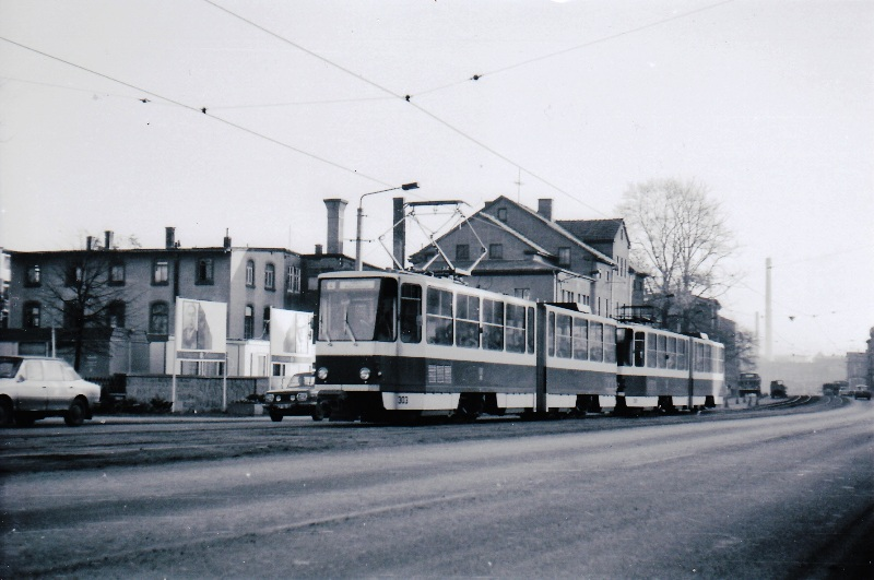 Tw 303 | 1982 | (c) Kalbe
