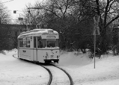 Tw 47 verlässt die Wendeschleife am Bahnhof  (c) Detering
