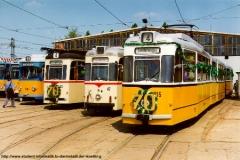 Triebwagenparade zum Jubiläum 70 Jahre Thüringerwaldbahn und 100 Jahre Straßenbahn Gotha. (April 1993)