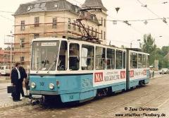 Triebwagen 301 mit Werbung für die Mittedeutsche Allgemeine (MA). (06. Juli 1992)