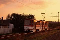 Triebwagen 309 stimmungsvoll inszeniert bei Waltershausen. (September 2004)