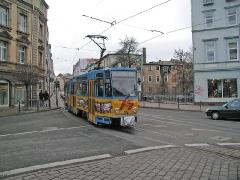 Triebwagen 306 am Myconiusplatz. (28. Dezember 2004)