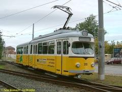 Triebwagen 395 an der gleichen Stelle. (12.9.2004)