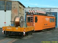 Arbeitstriebwagen 10, Fahrleitungsrevisionswagen mit Lore 125. (12.9.2004)