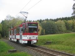 Triebwagen 308 an der Marienglashöhle. (16. Oktober 2004)
