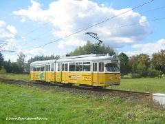 Triebwagen 395 von Wahlwinkel kommend Richtung Leina. (12. September 2004)