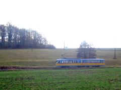 Triebwagen 396 bei Leina auf dem Weg zum Boxberg. (5. November 2005)