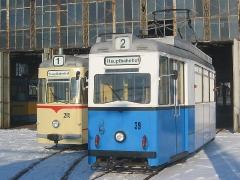 Fotosonderfahrt 01/2006. TW 39 und Tw 215 vor der Wagenhalle... (28. Januar 2006)