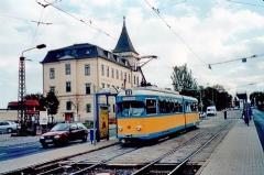 Triebwagen 401 in der Huttenstraße. (14.10.2002)