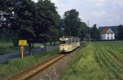 Gotha-Zug mit Tw 206 hat die Haltestelle Leina Richtung Tabarz verlassen. (12.07.1987)