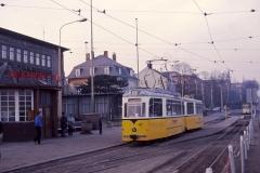Am 27.12.1989 steht Vorserien-Gotha 43 vor dem Waldbahn-Wartehäuschen am Hauptbahnhof. Es war unser erster Besuch in der DDR,