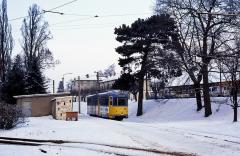 Tw 528 in der Endschleife Waltershausen Bahnhof.