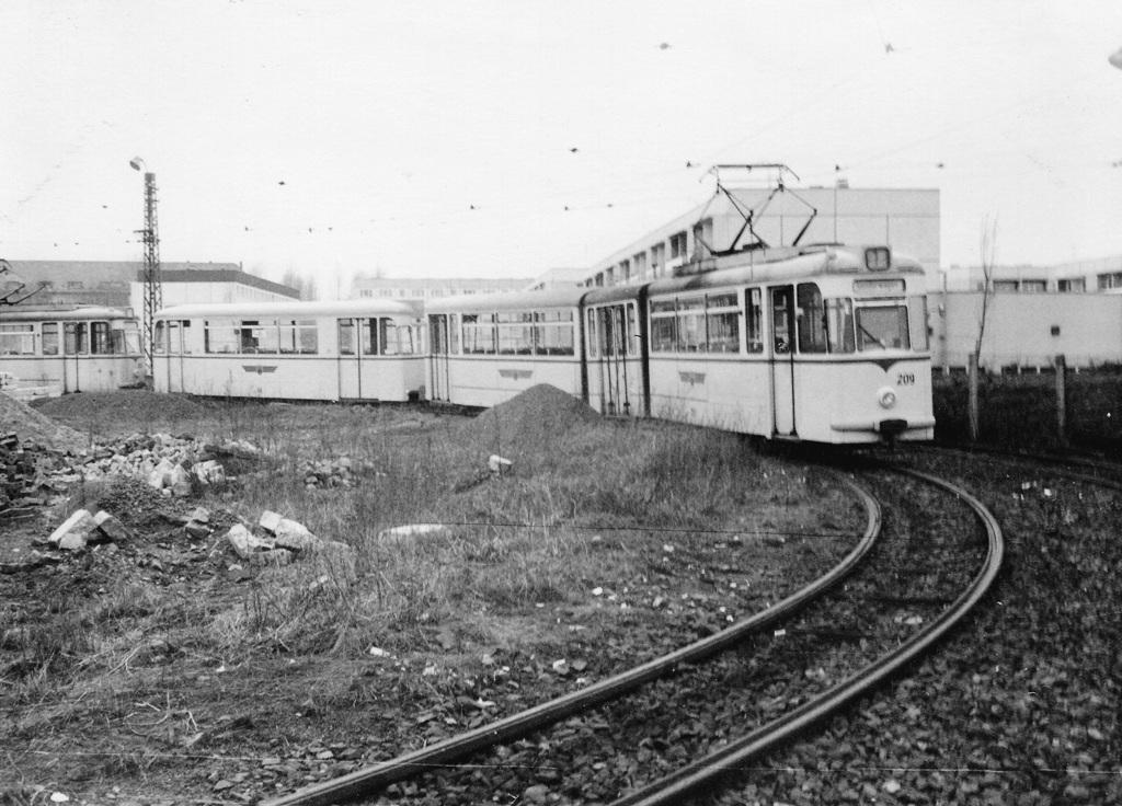 Tw 209 | 1980 | (c) Kalbe